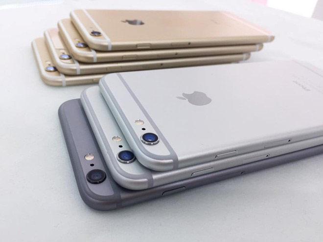 Cũng như iPhone 5 hay 5s, chất lượng của 6 và 6 Plus cũ khó đảm bảo do cửa hàng nhập về chỉ có máy trần, không hộp đựng và nguồn gốc rõ ràng.
