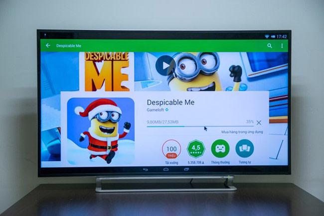 Hệ điều hành Android cho phép người dùng cài và chạy ứng dụng từ Google Play.