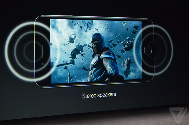 """iPhone 7, Apple cũng cải thiện chất lượng hiển thị bằng cách đưa ra khái niệm """"Retina HD"""""""