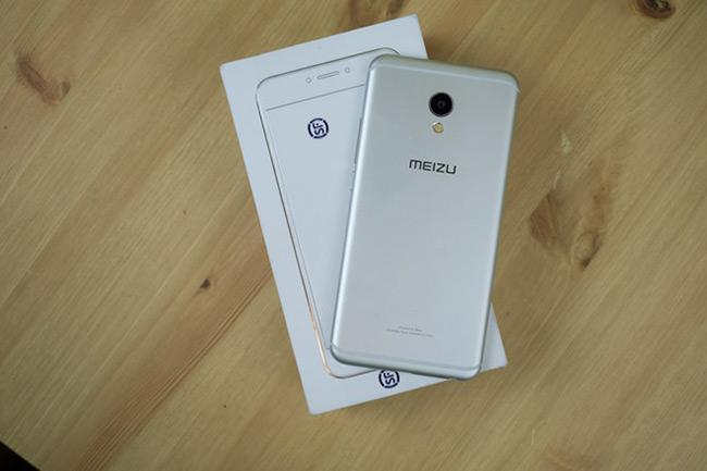 Meizu MX6 (khoảng 7 triệu đồng)