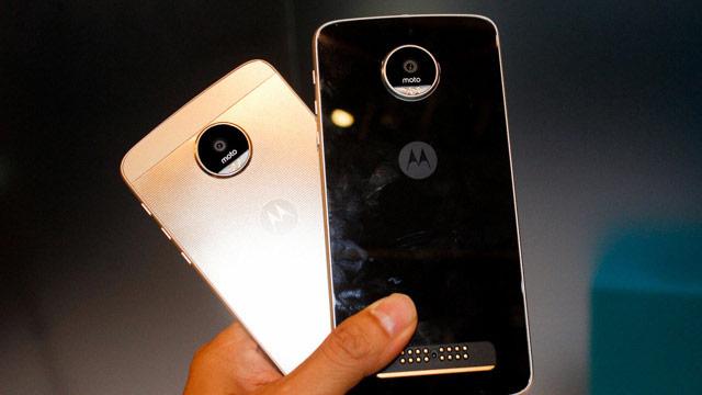 Lenovo chính thức giới thiệu bộ đôi Moto Z và Moto Z Play smartphone siêu mỏng