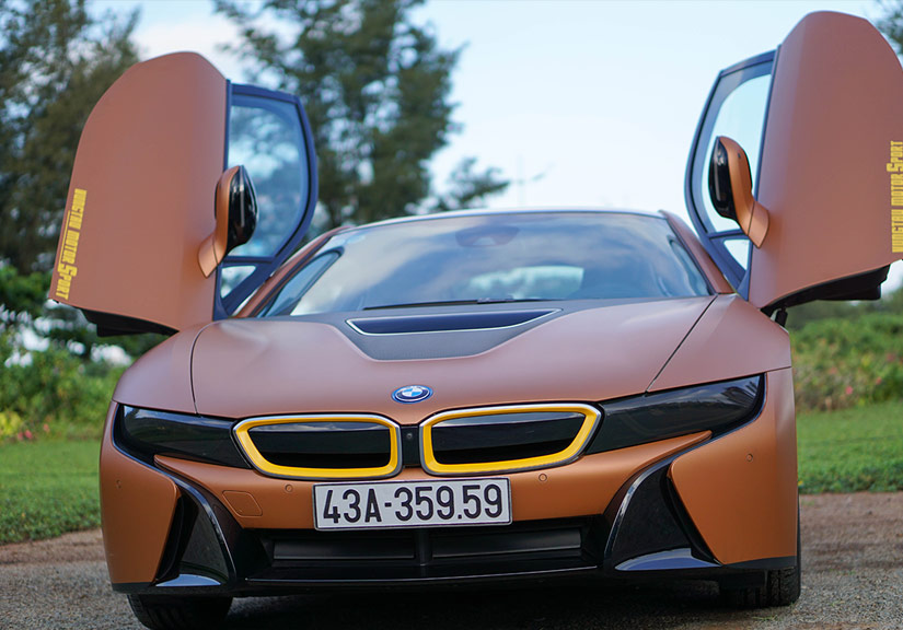 BMW i8 mới cũng có giá lên tới 8 tỷ đồng