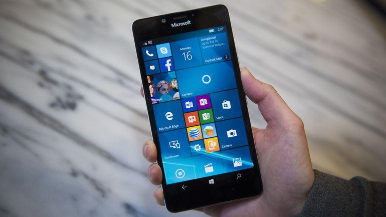 Lumia 950 sở hữu màn hình đẹp, độ phân giải cực lớn, pin tốt, camera ấn tượng và nhiều tính năng phục vụ cho văn phòng