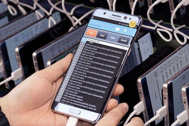 Samsung xây 4 phòng thí nghiệm để tiến hành xác định nguyên nhân khiến Galaxy Note 7 phát nổ.
