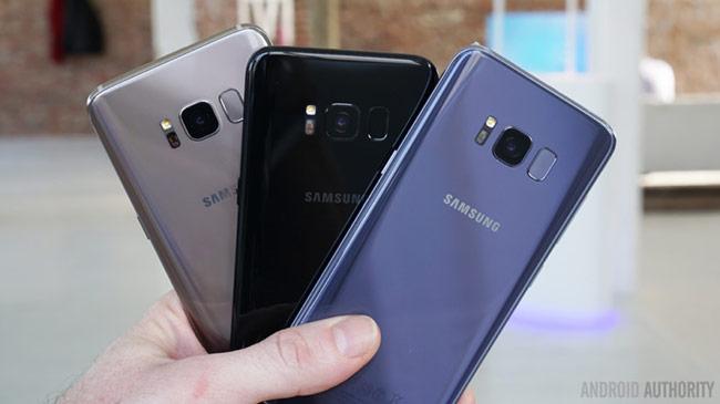 Bộ đôi Galaxy mới sẽ có 3 phiên bản màu: đen (Black Sky), xám (Orchid Grey) và bạc (Arctic Silver). Ảnh: Androidauthority.