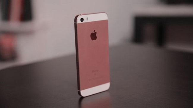 iPhone SE (9 triệu đồng)