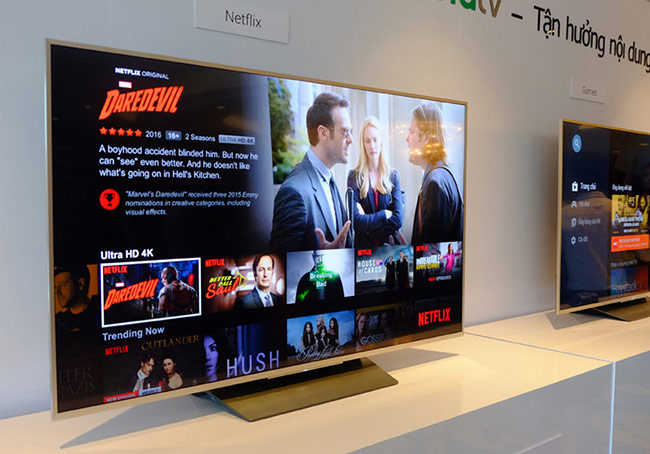 những chiếc TV ở siêu thị điện máy là những đoạn video được chính các nhà sản xuất TV làm ra