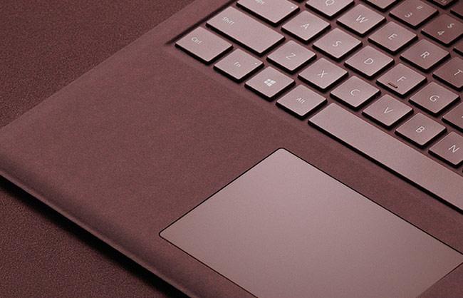 bàn phím của Surface Laptop khả năng chống tràn và chống bụi bẩn