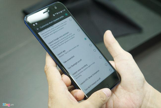 Ảnh thực tế HTC U11: Thiết kế đẳng cấp, cấu hình siêu mạnh