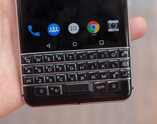 Điểm nổi bật ở BlackBerry KeyOne là bàn phím vật lý mới thông minh