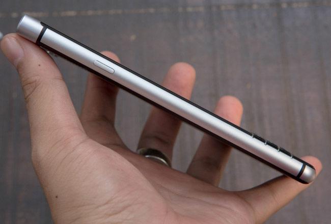 KeyOne sử dụng vi xử lý Snapdragon 625, RAM 3GB, bộ nhớ 32GB