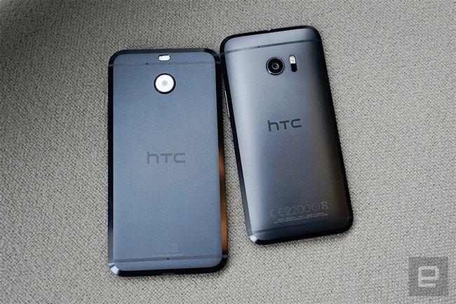 So với HTC 10, bản Evo có thiết kế mặt lưng phẳng hơn
