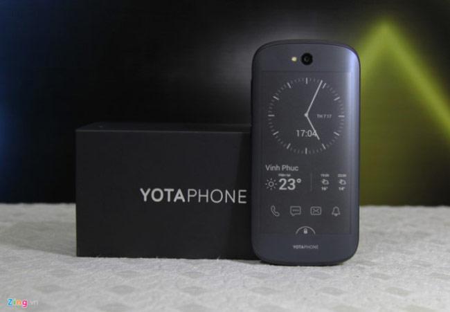 YotaPhone 2 từng lên kệ tại Việt Nam