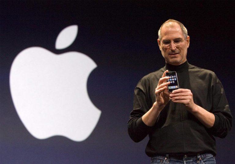 iPhone suýt không ra đời và có phím Back
