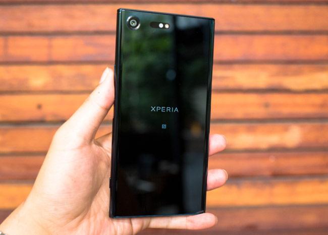 Sony Xperia XZ Premium về Việt Nam giá 18,5 triệu đồng