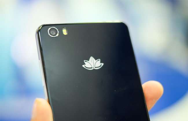 Lotus S3 LTE trang bị chip lõi tám 1,3 GHz