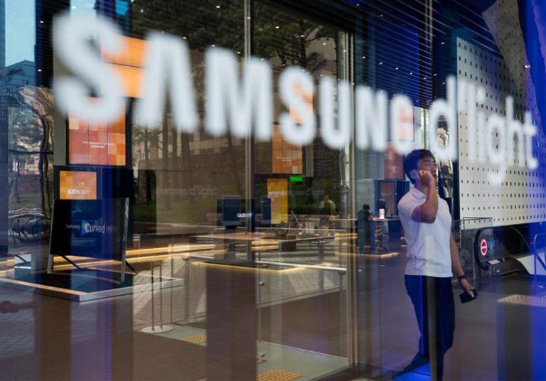 Apple đang làm giàu cho Samsung