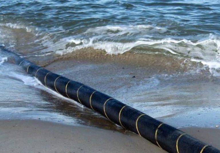 Việt Nam sắp khai thác cáp quang biển AAE-1 820 triệu USD