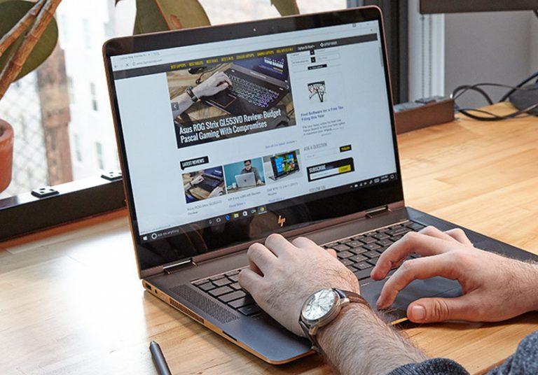 HP tung mẫu laptop mới