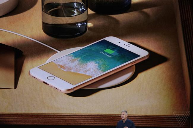 iPhone 8 có sạc không dây