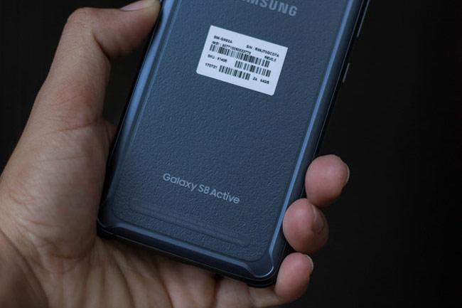 Galaxy S8 Active trông cơ bắp