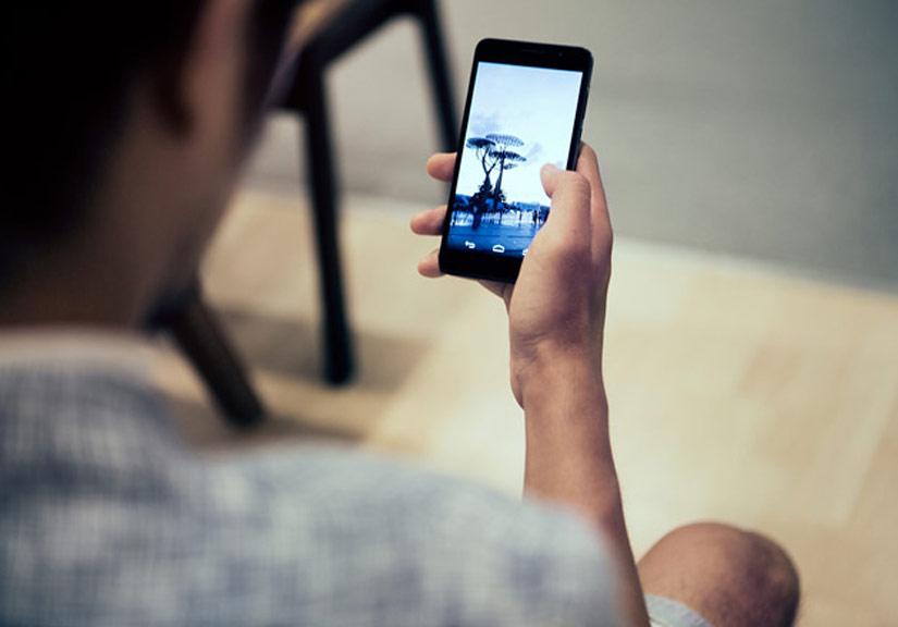 nguy cơ nhiễm bệnh da liễu vì lạm dụng smartphone