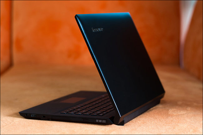 Lenovo IdeaPad 305 (8,7 triệu đồng)