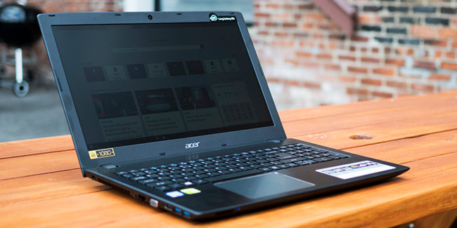 Acer Aspire E5 575G (10,69 triệu đồng)