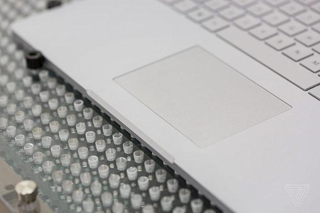 Touchpad kích thước lớn