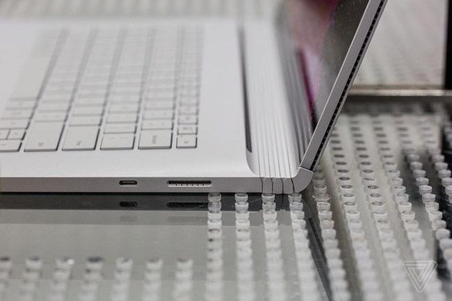 Cổng USB-C và Surface Connect