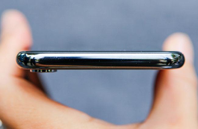 iPhone X sử dụng chip A11 Bionic 6 nhân
