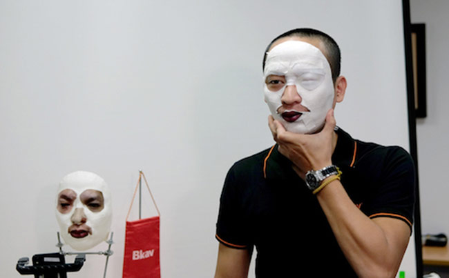 Mặt nạ của Bkav đã 'lừa' Face ID trên iPhone X thế nào