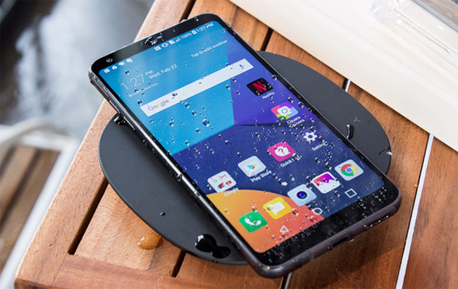 Nhiều người đang sạc pin smartphone sai cách