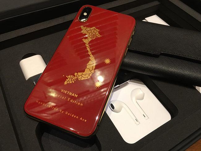 iPhone X nạm bản đồ Việt Nam giá 63 triệu đồng