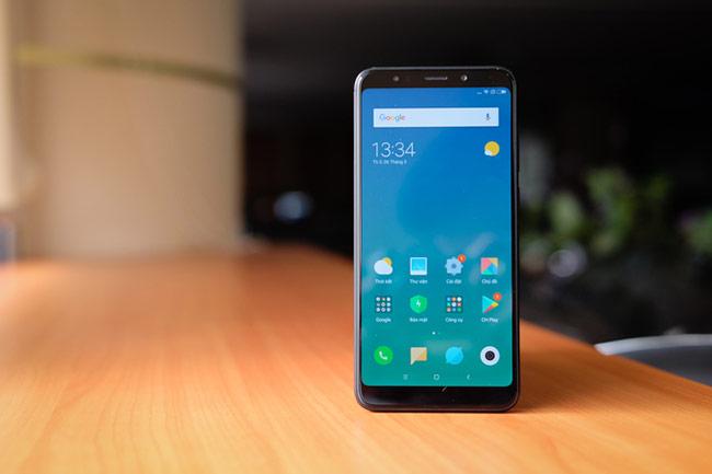 Xiaomi Redmi 5 Plus (3,99 triệu đồng)