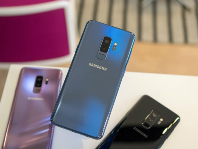 Sau đen và tím, Galaxy S9+ chính hãng có thêm màu xanh Blue Coral.