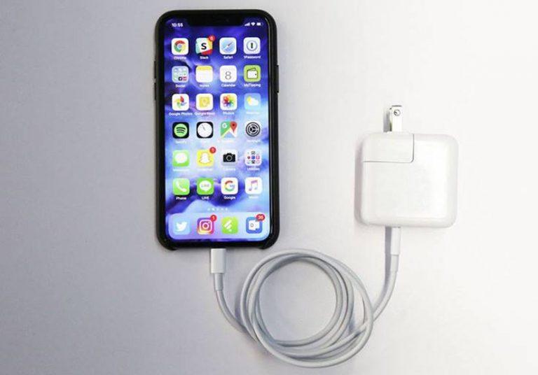 iPhone 2018 sẽ được bán kèm củ sạc nhanh
