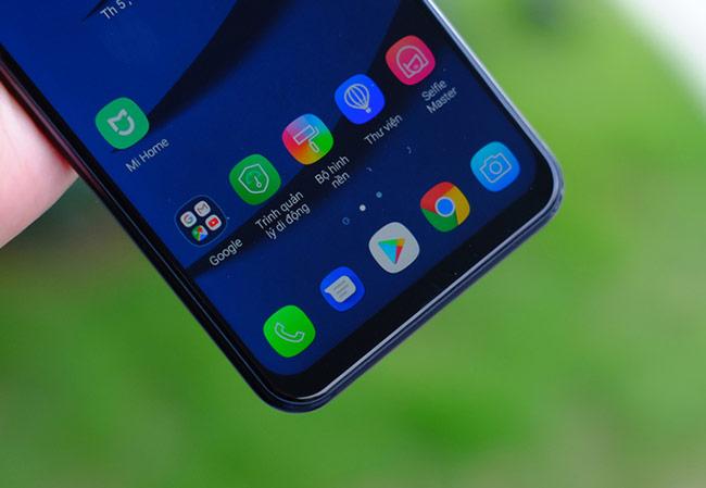 Zenfone 5 sở hữu màn hình Full HD 6,2 inch