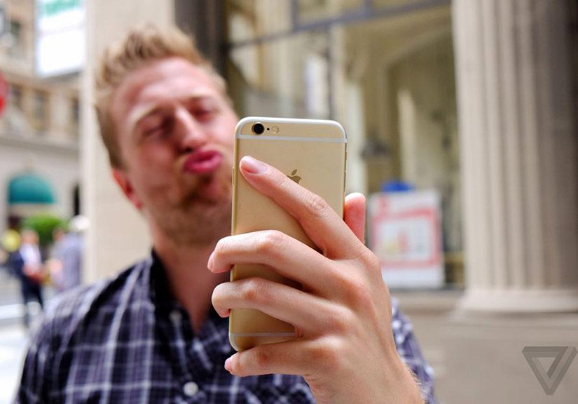 Chụp selfie lỡ nhắm mắt, công nghệ mới của Facebook sẽ ra tay cứu ngay trong một nốt nhạc