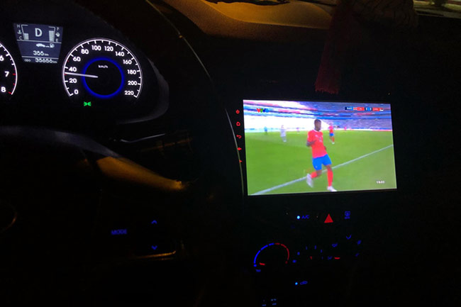 Muôn kiểu xem World Cup của dân công nghệ
