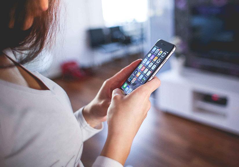 iPhone có thể bị cấm tại Ấn Độ nếu không hỗ trợ chống cuộc gọi rác