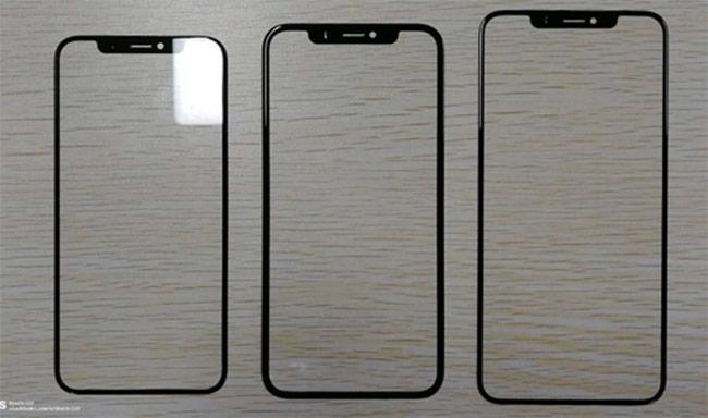 Tấm nền ở giữa (màn hình 6,1 inch) có viền dày hơn hai model còn lại. Ảnh: Slashgear.