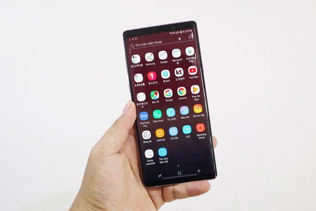 Galaxy Note9 Tím oải hương được xách tay từ thị trường Hàn Quốc