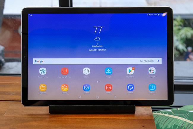 Galaxy Tab S4 được trang bị màn hình Super AMOLED 10,5 inch
