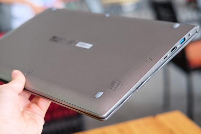 Mẫu laptop nhẹ, mỏng có pin dung lượng lớn và thời gian sử dụng lâu