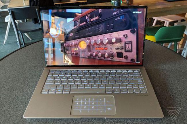bàn phím mới của ZenBook cho cảm giác gõ tốt