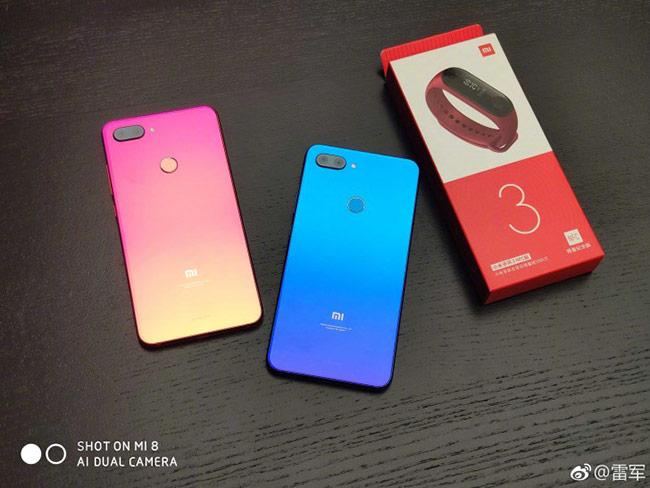 Ảnh chụp mẫu Xiaomi Mi 8 Lite xuất hiện trước khi ra mắt
