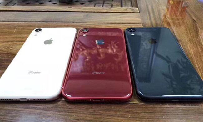 iPhone 9 màu hồng xuất hiện với khay sim kép