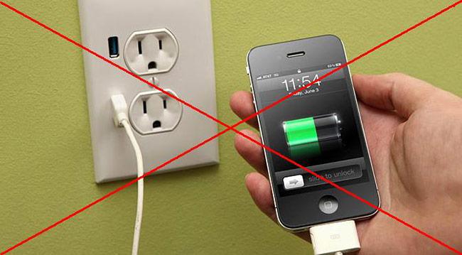 Mẹo sạc pin nhanh siêu tốc cho tất cả dòng điện thoại