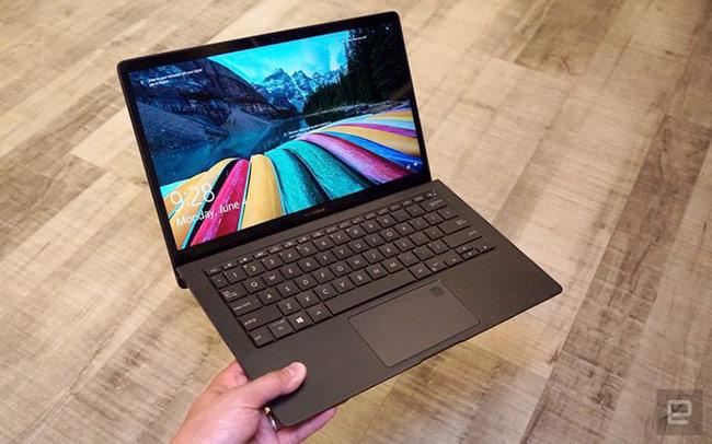ZenBook S (UX391) là một trong những laptop cao cấp nhất của dòng ZenBook của Asus